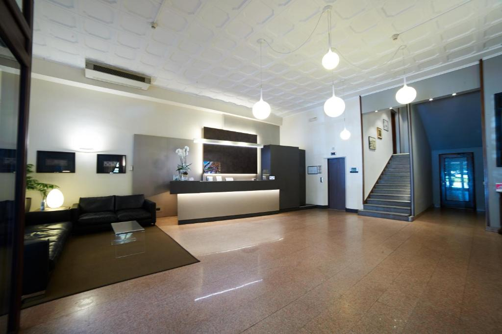 Hotel giardino italien arona booking