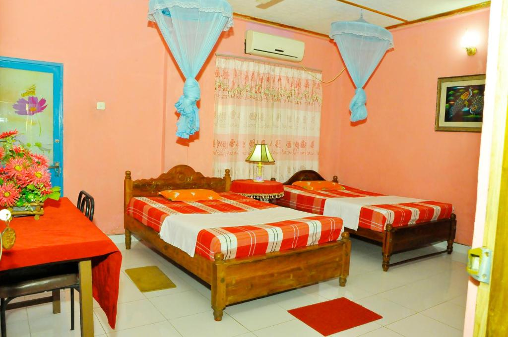 Resort Ajith Rooms and Jeep, Udawalawe, Sri Lanka - Booking com