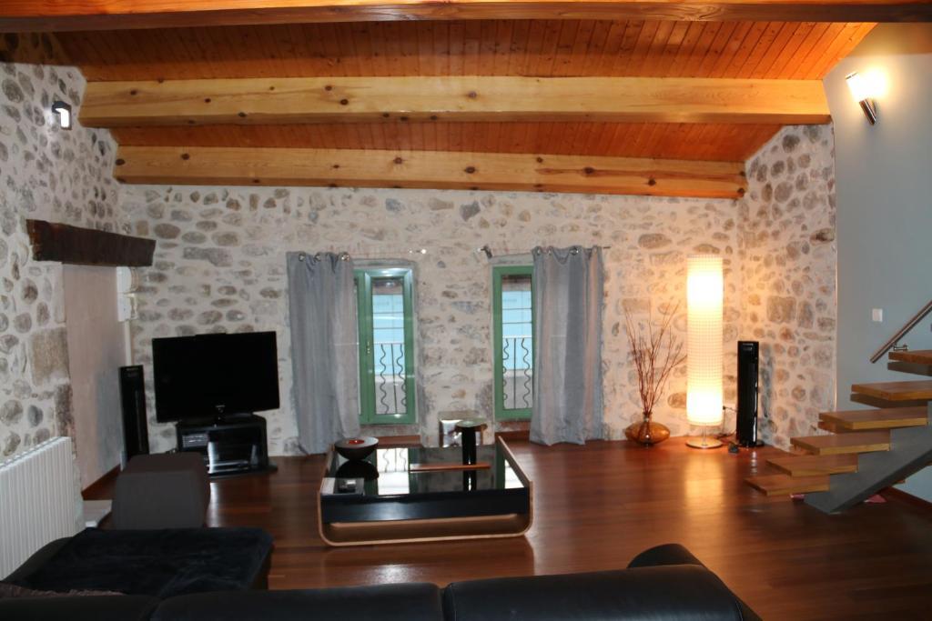 Apartments In Rochecolombe Rhône-alps