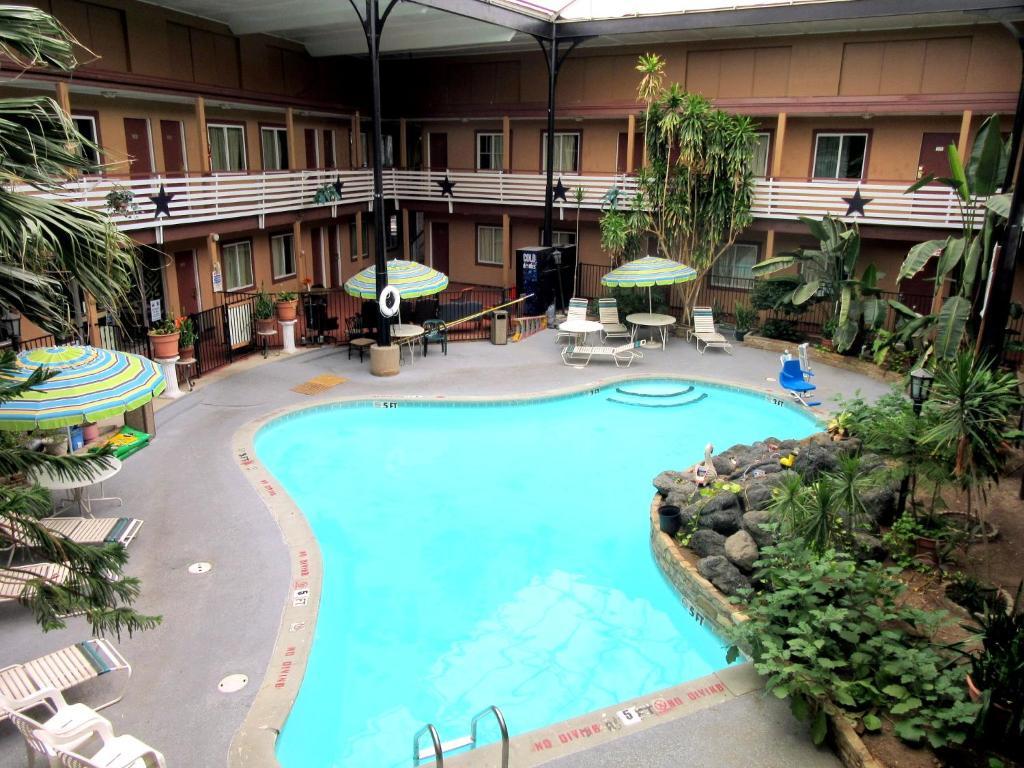Budget Host Inn (Motel), Arlington (USA) Deals