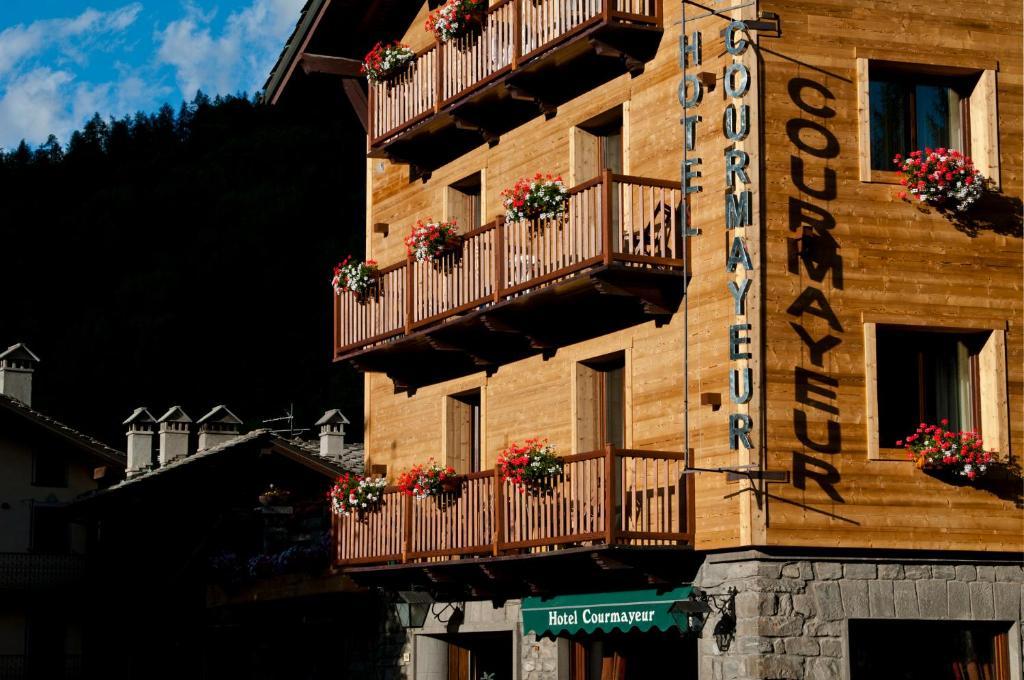 Hotel Courmayeur, Courmayeur – Prezzi aggiornati per il 2018