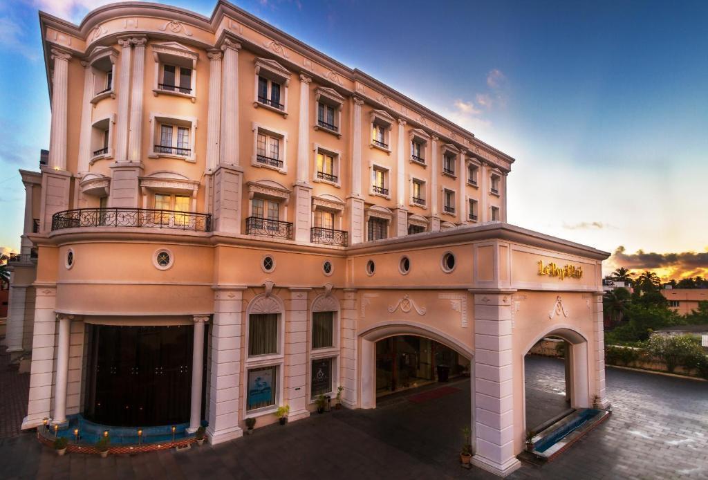 Hotel Le Royal Park, Pondicherry, India - Booking.com