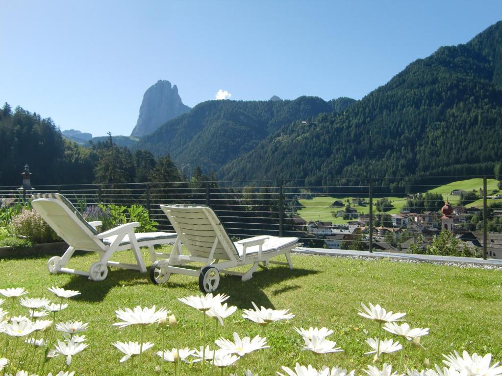 Villa Quenz Family Suites Ortisei Italy Bookingcom