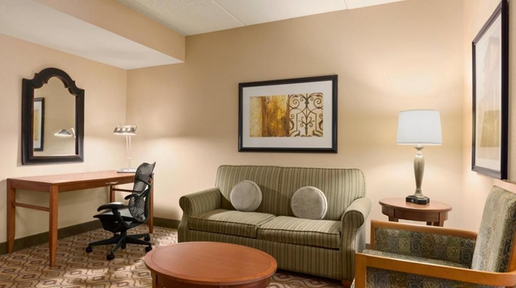 Hilton Garden Inn Solomons, Dowell (USA) Deals