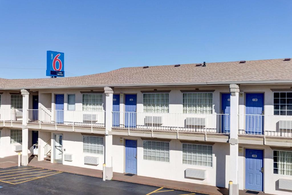 Motel 6 Bowling Green Kentucky Reserve Now Gallery Image Of This Property