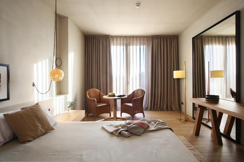 boutique hotels in peralada  33