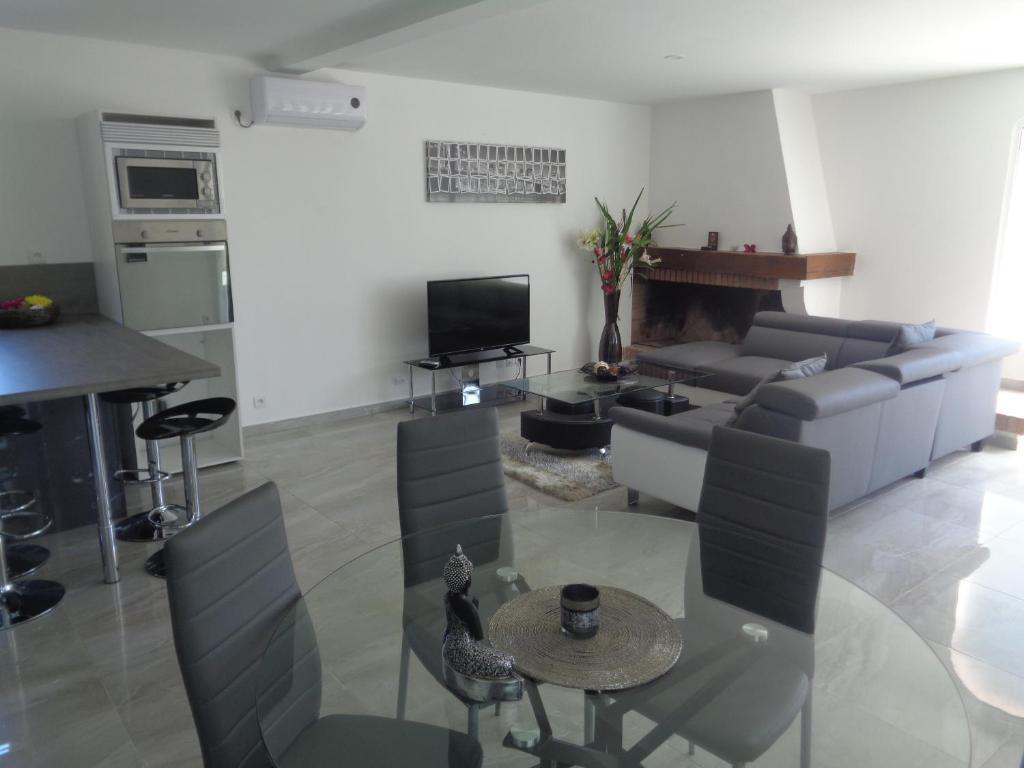 Apartments In Roquefort Aquitaine