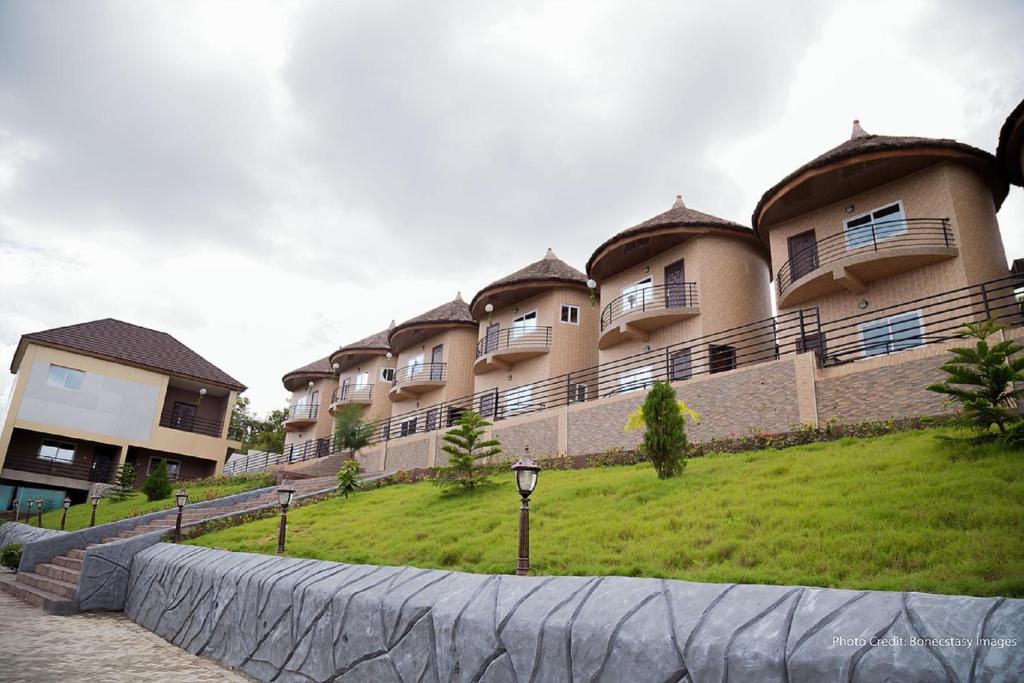 Volta serene hotel ghana for Hotel reserver