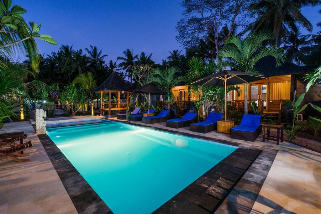 The swimming pool at or close to Lembongan D'Licks Villa