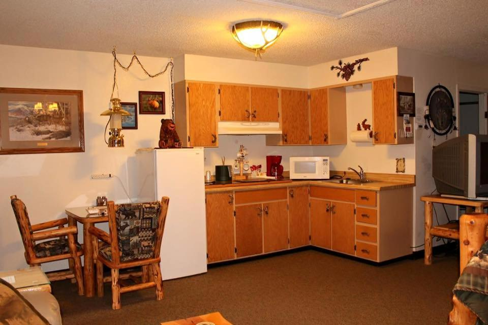 The Woodsman Country Lodge Crescent Or Bookingcom