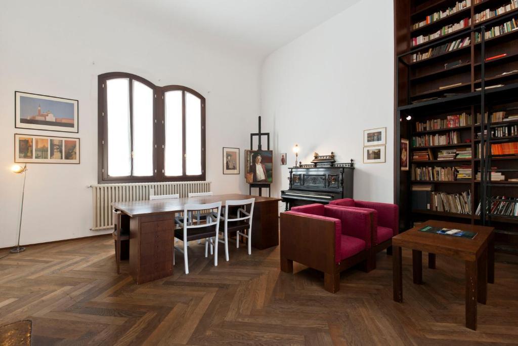 accademia spacious 3 bedrooms venezia prezzi aggiornati per il 2019 rh booking com Japanese -language Greek Language Translation