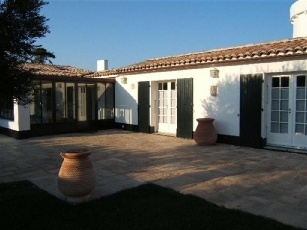 See all 12 photos close x rental villa villa contemporaine