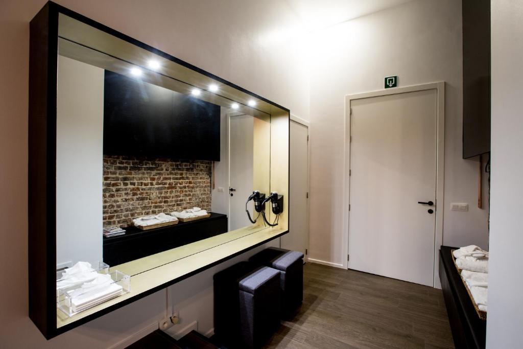 Chambre avec jacuzzi sauna privatif bruxelles tarifs 2018 for Chambre jacuzzi bruxelles