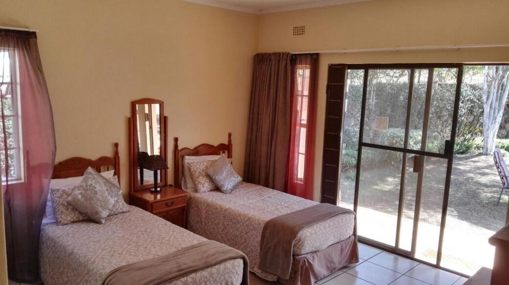Ekuphumleni guest house swaziland pictures