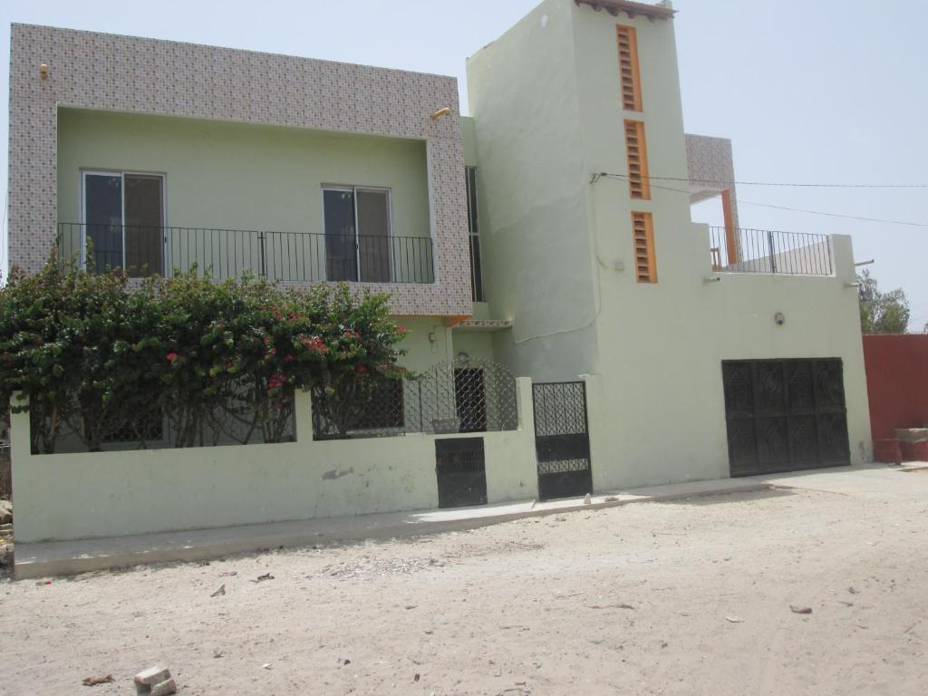 Carrelage facade maison senegal for Les decores des maisons