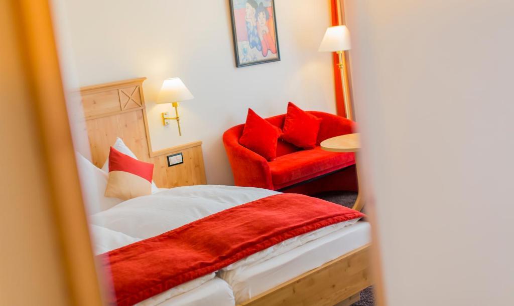 Modern Rooms by Täscherhof, Täsch – Updated 2018 Prices