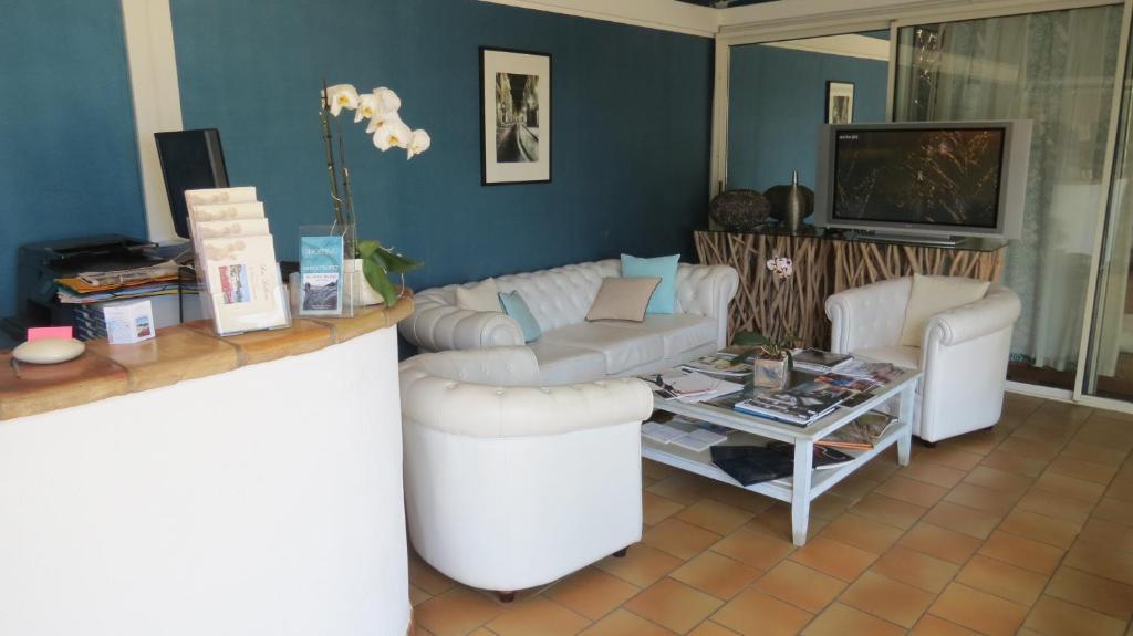 Hotel Le Mas Bellevue, Saint-Tropez, France - Booking.com