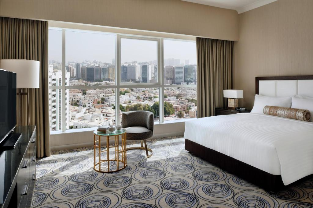 3 bedroom apartments in chicago marriott executive apartments downtown abu dhabi uae 17972