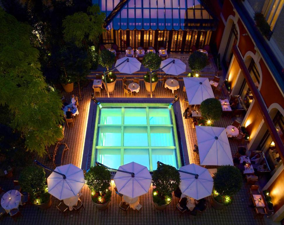 Hotel Le Royal Monceau Paris, France - Booking.com