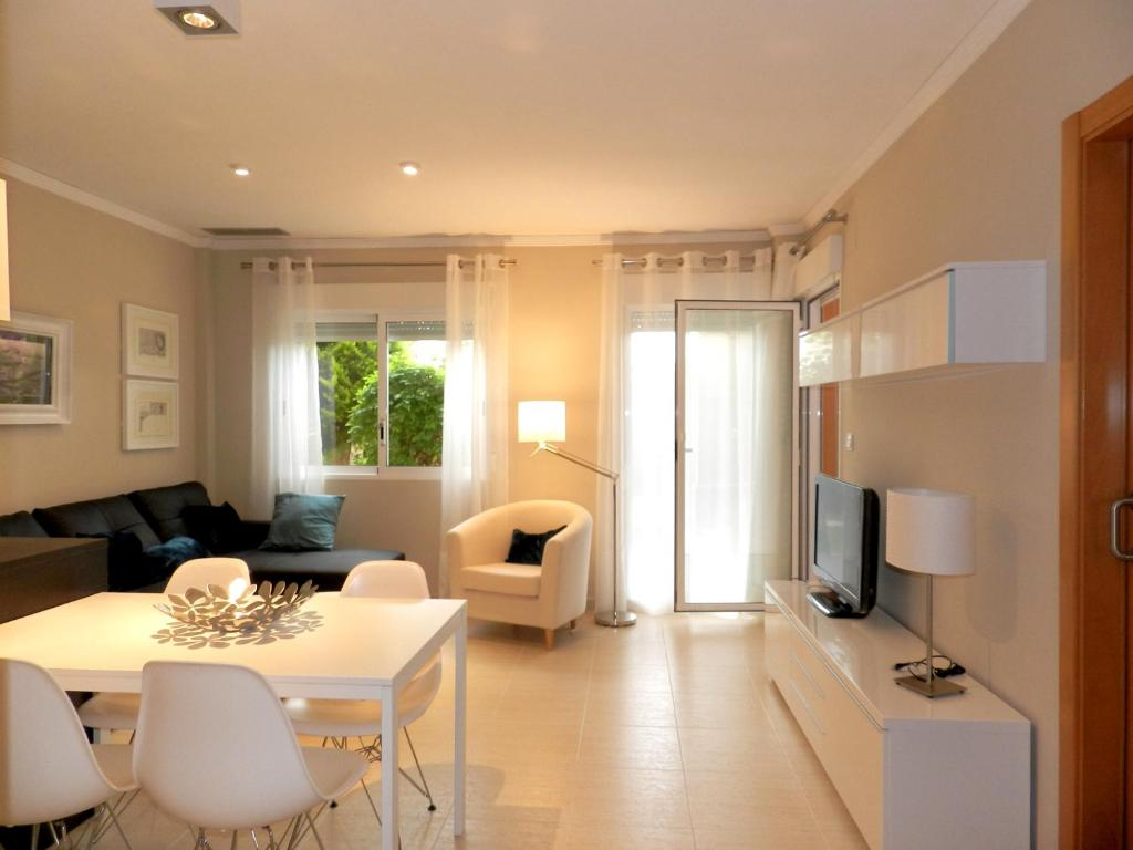 Apartments In Las Bovetes Valencia Community