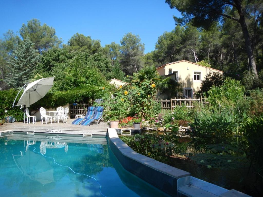 Apartments In Peypin Provence-alpes-côte D