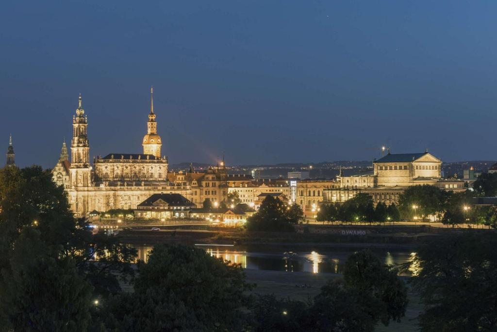 Wintergarten Dresden , Maritim Hotel Dresden Drezno – Aktualne Ceny Na Rok 2018