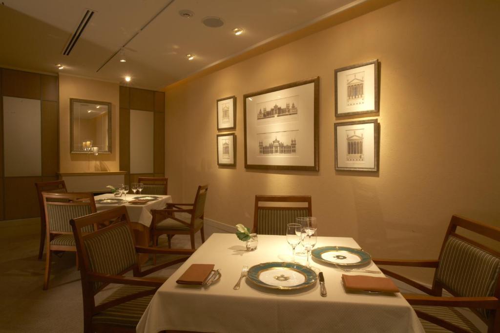 ポイント2. 「レストラン ロワール」で記念日ディナー