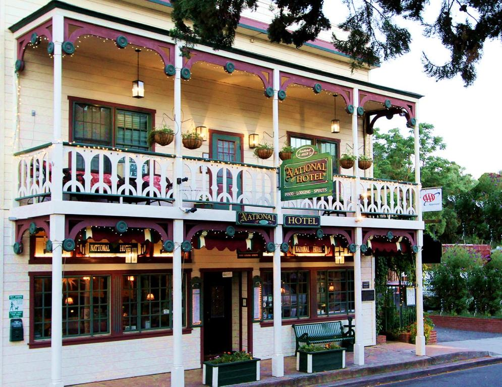 Historic National Hotel Restaurant