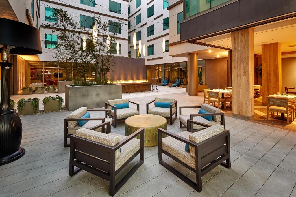 Hotel Homewood Suites San Diego, CA - Booking.com