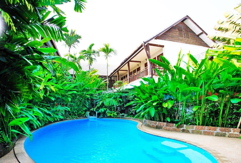 The swimming pool at or near Shewe Wana Boutique Resort & Spa