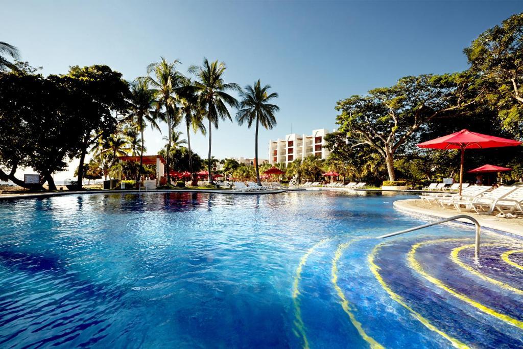 Resort Royal Decameron Salinitas Los C 243 Banos El Salvador