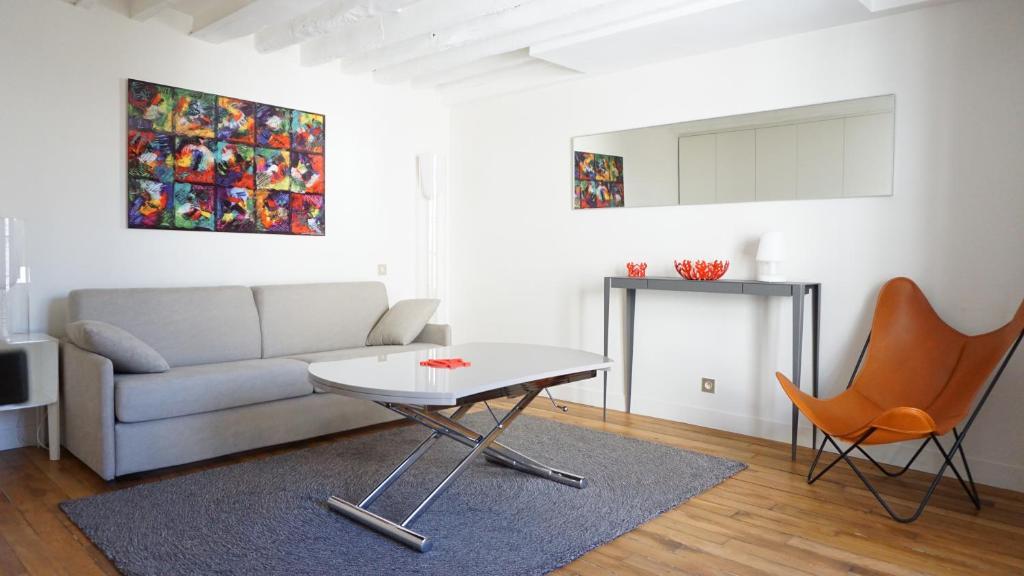 Apartm n 106006 rue bonaparte paris 6 pa v etn hodnocen - Rue bonaparte paris 6 ...