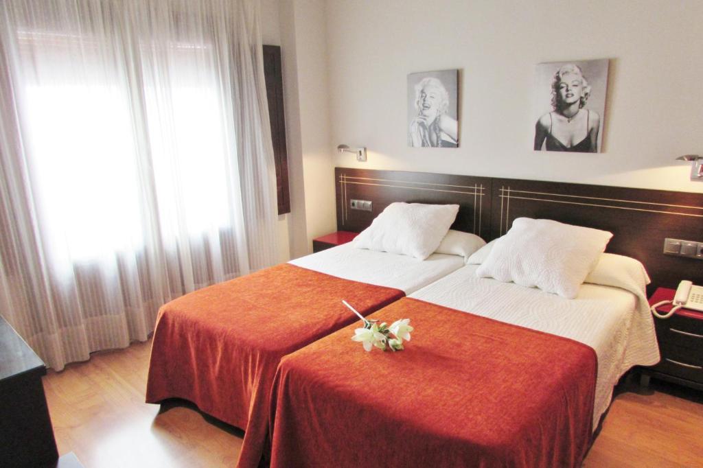 gran imagen de Apartamentos Turísticos Las Nieves