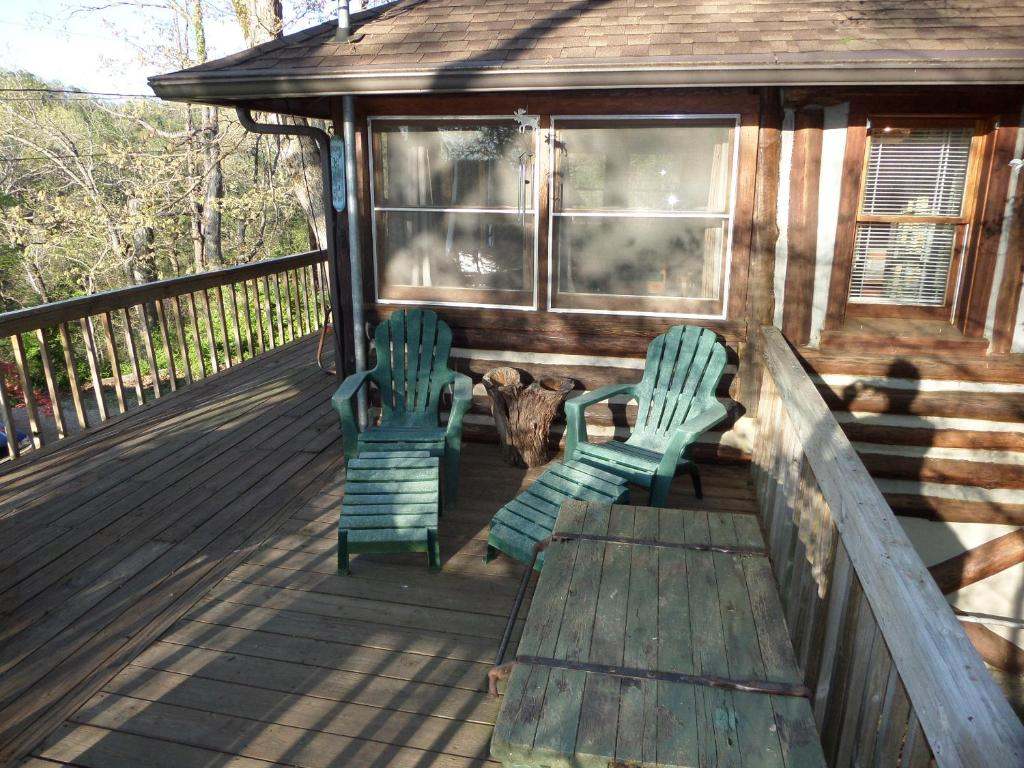 Vacation Home Lake Lucerne Treehouse Eureka Springs Ar