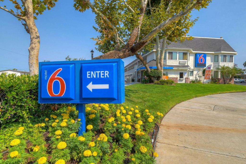 Motel 6 Diego Cajon, El Cajon, CA - Booking.com