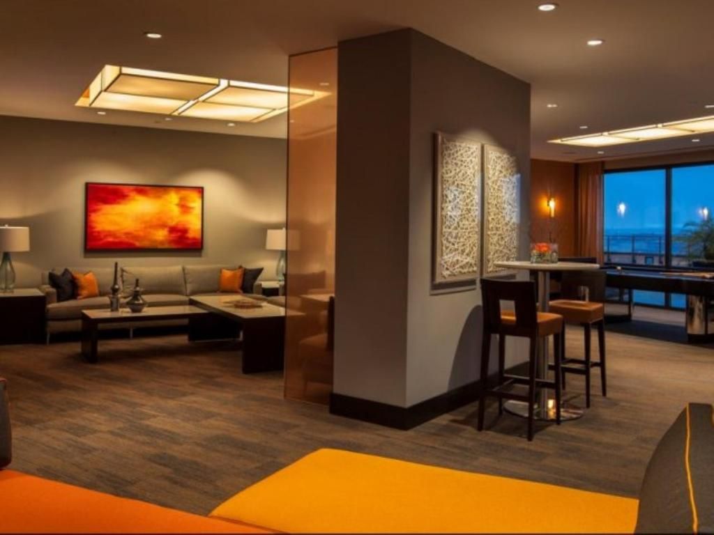 Apartment global luxury suites at the meridian at mt vernon triangle washington dc dc booking com