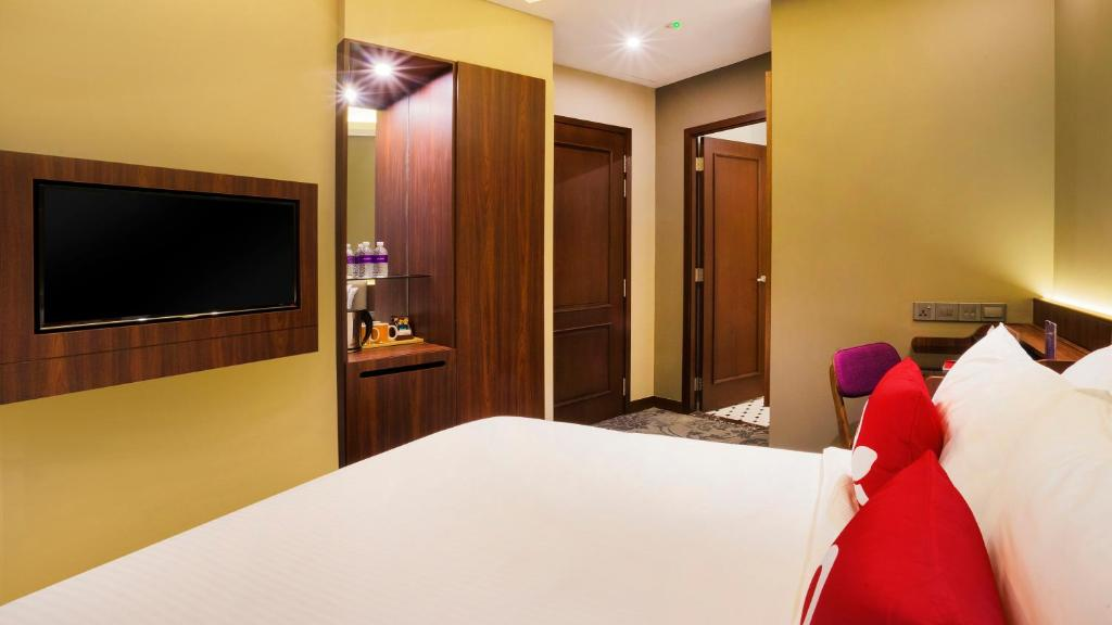 Hotel ZEN Rooms Joo Chiat, Singapore, Singapore - Booking.com on