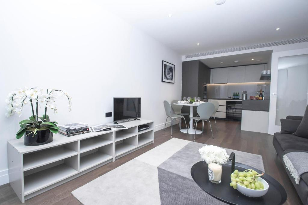 Modern 2 bedroom apartment in Central London, UK - Booking.com