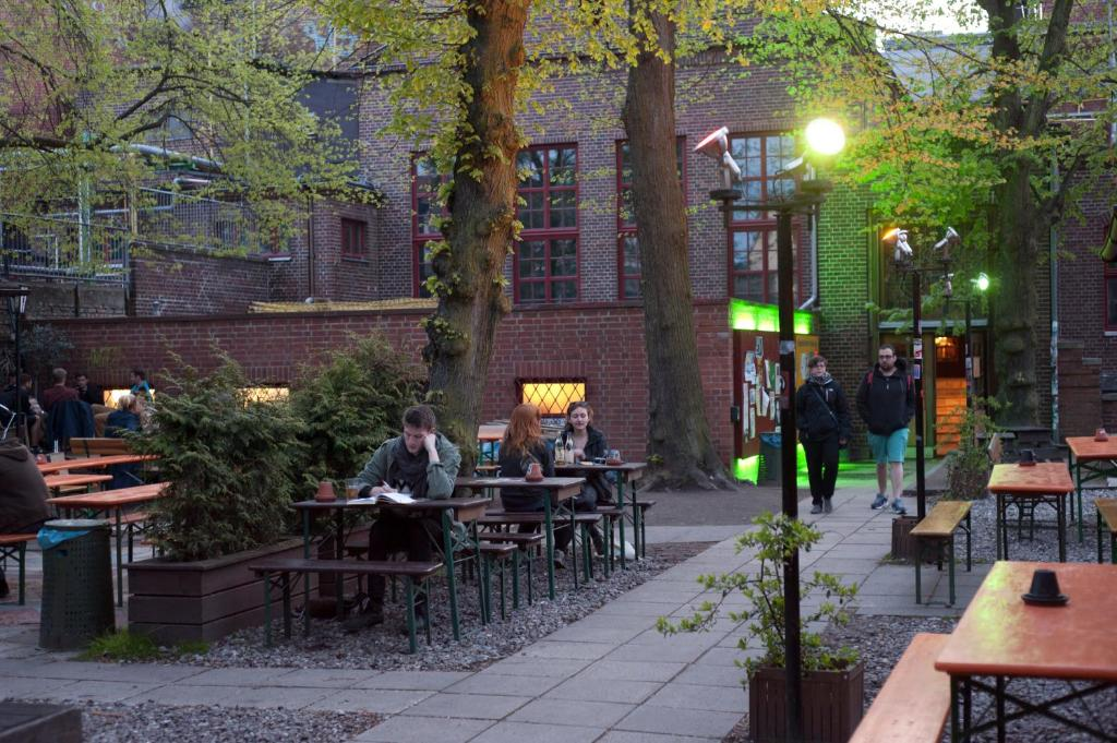 Dating cafe rostock