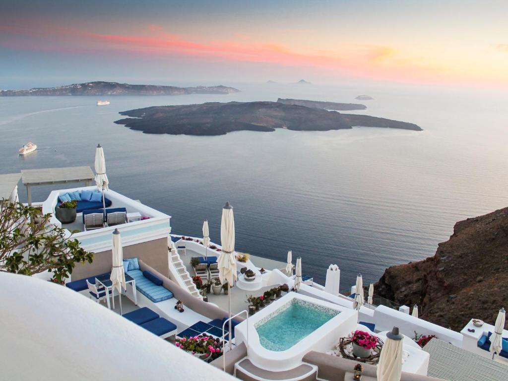 hotel iconic santorini imerovigli greece bookingcom - Cave Hotel Santorini