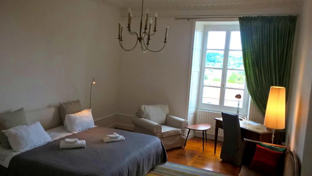 b&b / chambres d'hôtes chez nireas (france le puy-en-velay