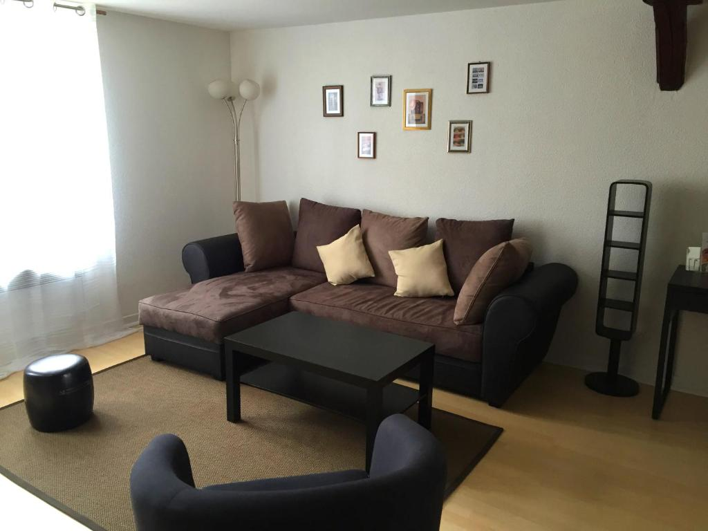 charmantes appartement design singapur, troyes apartment, france - booking, Design ideen