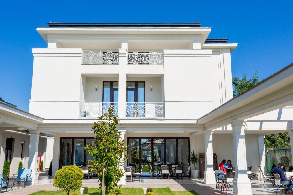 J\'adore Boutique Hotel, Lugoj – Prezzi aggiornati per il 2019