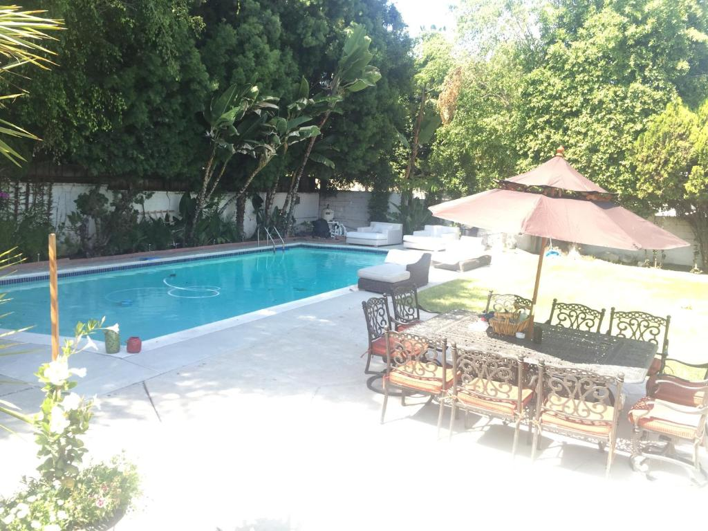 beverly hills guest house los angeles ca booking com