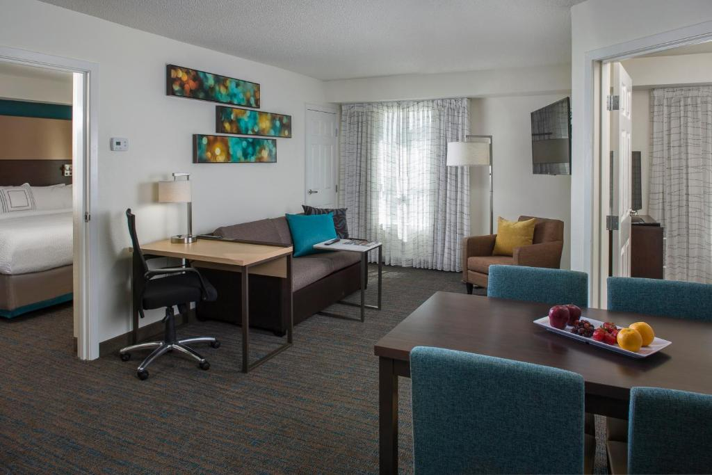 Marriott 2 bedroom suites new orleans - Suites in new orleans with 2 bedrooms ...
