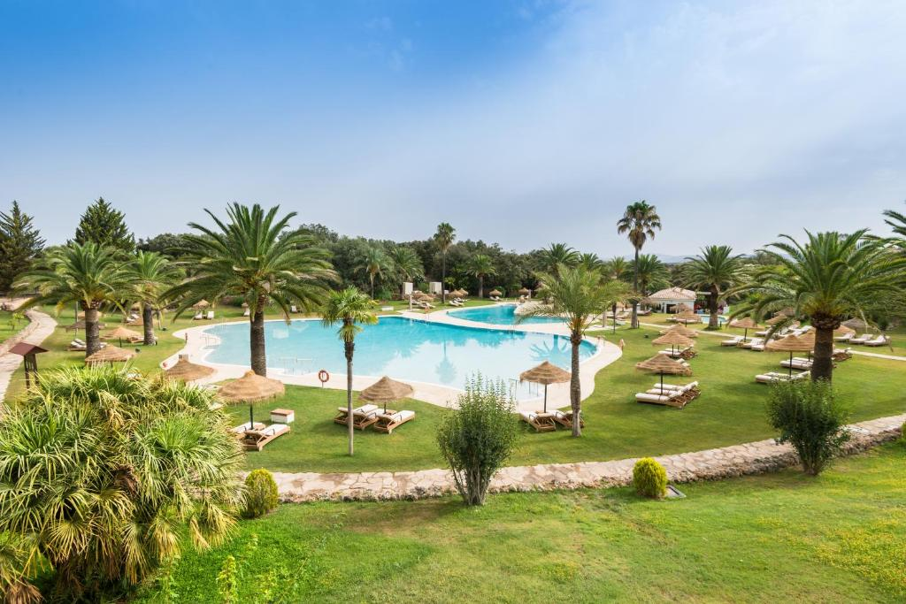 The swimming pool at or near La Bobadilla, a Royal Hideaway Hotel