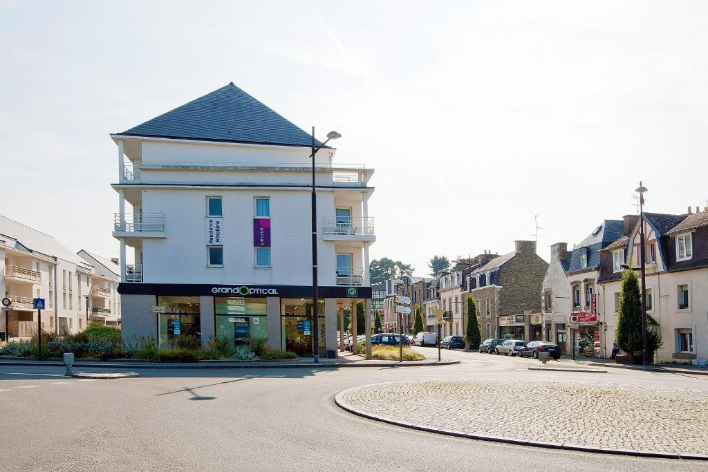 Appart Hotel Lannion France Lannion Booking Com