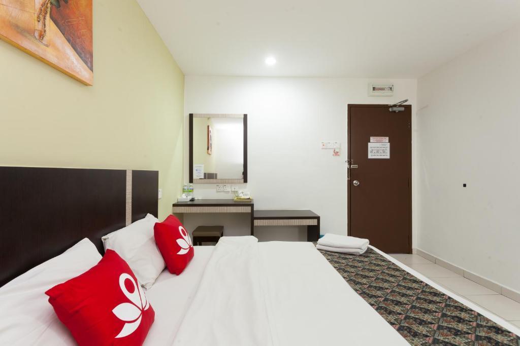 Hotel ZEN Rooms Near Plaza Mahkota Melaka Malaysia