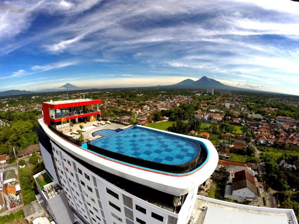 Indoluxe Hotel Jogjakarta Yogyakarta Indonesia Booking Com