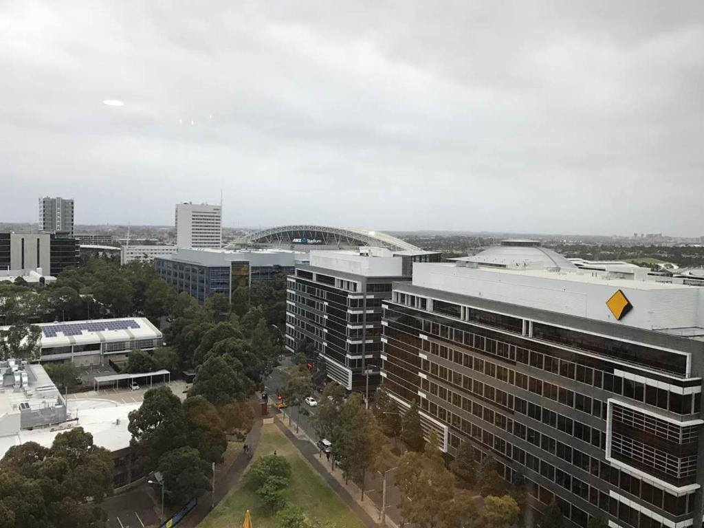 Apartment City View Luxury Two Bedroom AptSydney Olympic Park